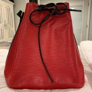 100% Authentic Louis Vuitton Bicolor Epi Noe